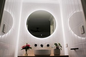 Round mirror bathroom sink